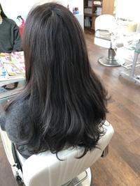 パーマのリメイクから10ヶ月!今回もストカールで綺麗をゲット!!(≧▽≦) - 浜松市浜北区の美容室 SKYSCAPE(スカイスケープ) 店長の鶸田(ひわだ)のブログです