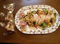塩蒸し鶏と塩っぺサラダ - カフェ気分なパン教室  ローズのマリ