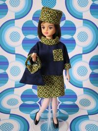 リカちゃん人形サイズのジャッキー・スタイルのスーツ -  Der Liebling ~蚤の市フリークの雑貨手帖2冊目~