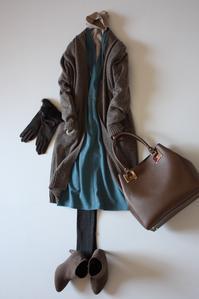 冬→春ニットワンピ着回し3パターン - eikoの着回し服&英国式オーラライト