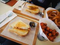 2016XMAS in NYC〜 穴場な?!Cheese Grilleでチーズグリルサンドをいただく - MG Diary