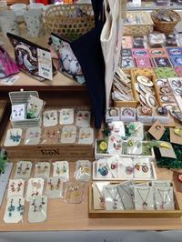 東急ハンズ京都店『インコと鳥の雑貨展』追加納品のこと - 雑貨・ギャラリー関西つうしん