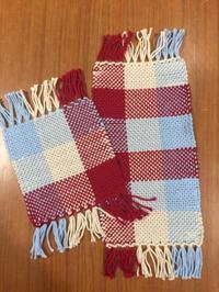 ABCクラフト枚方店での教室の様子と、みんな大注目の手織りミニバッグ - 手染めと糸のワークショップ