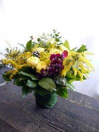 新得町3条に発送。お誕生日に。「春らしく」。 - 札幌 花屋 meLL flowers