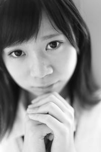 中村芽留萌ちゃん43 - モノクロポートレート写真館