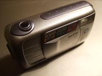 重量級+単焦点の三洋デジカメ - ぴよどらカメラ堂