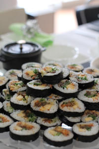 キムパ(韓国海苔巻き) - in the kitchen
