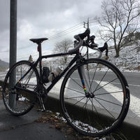 雪の降る土師ダムへ(往路) - のんびりローディーの今日の出来事