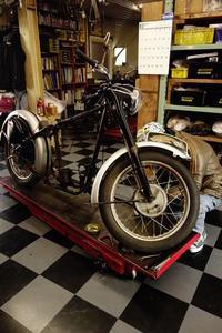 日曜・月曜日の授業風景 - Vintage motorcycle study