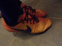 結ばない靴紐!キャタピラン使っています。 - 初ブログですよー。
