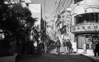 高円寺・吾妻通り村 - alors  photos ライカと50mmで