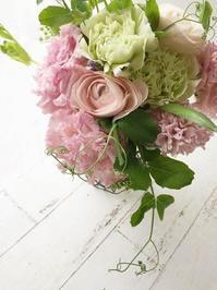 妙にハイテンションになっちゃうレッスン - お花に囲まれて