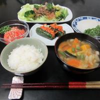 プルコギと具沢山スープ韓国風 - Mme.Sacicoの東京お昼ごはん