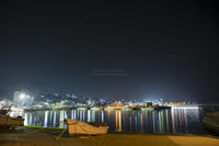 漁 港 夜 景 - HI KA RI