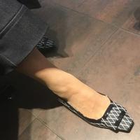 この靴、素敵〜! - madameHのバラ色の人生
