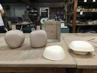 型を使って扁壺を作成してみたが…。 - 皿 皿 碗 碗;週末陶芸