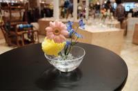 花の好み。2017.4.12 → 4.17 takatomi daisuke glass show @阪急うめだ 9階 祝祭広場 - glass cafe gla_glaのグダグダな日々。