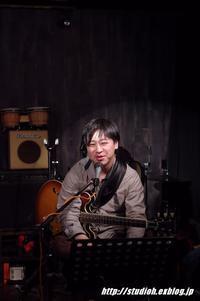 BinCom Collaboration LIVE - GuitarとVOLVOと虎太郎と…