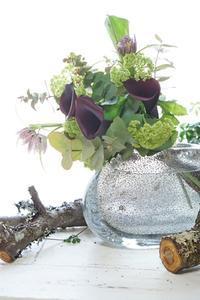 パリスタイルMIYABI体験レッスンも好評です - お花に囲まれて