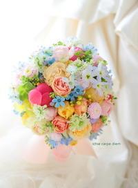 ラウンドブーケ ホテルニューオータニ様へ ミックスカラーで - 一会 ウエディングの花