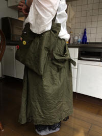 テントのスカートとバッグ - Qui vivra verra