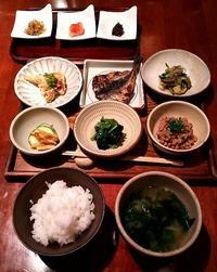猫と魚で一汁三菜の朝ごはん@福岡・渡辺通 - a day in my life