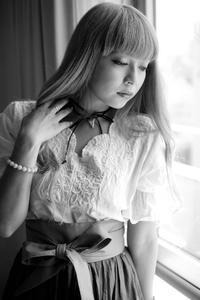 椎名遊莉 03 - K.Sat写真の目線