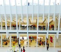 NYのアップル・ストア、ワールド・トレード・センター店 - ニューヨークの遊び方