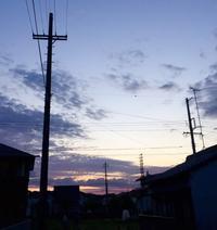 電柱と電線の間 - 赤煉瓦洋館の雅茶子