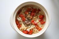 長谷園かまどさんと…トマトと蓮根の炊き込みご飯。 - ミキティママのI-eごはん。