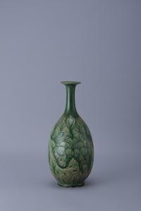 磁州窯緑釉白掻落し瓶 - 中国古陶磁 陶枕斎