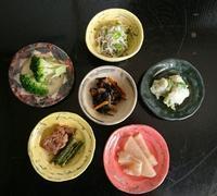 豆皿で、おかず。 - いなかぎゃらりー幸福堂。アンナコト・コンナコト・イロイロのコト。