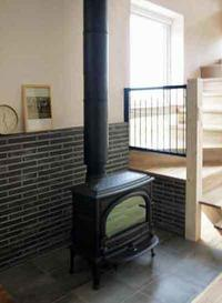 【エアコン+薪ストーブという暖房選択】 - 性能とデザイン いい家大研究