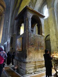 ジョージア(グルジア)で最古のムツヘタのスヴェティ・ツホヴェリ大聖堂♪ - ルソイの半バックパッカー旅