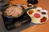 韓国風茹で豚(テジスユク)定食 - キムチ屋修行の道
