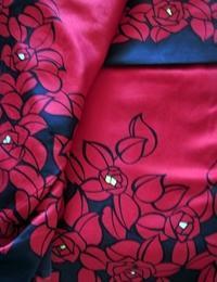 ファッションとバラ - 元木はるみのバラとハーブのある暮らし・Salon de Roses