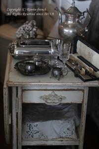 キッチンにフレンチなキッチンワゴンを - フレンチシックな家作り。Le petit chateau