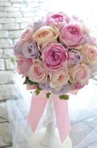 淡いピンクのバラのブーケ - ブライダルアルバム