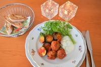 夏野菜と肉団子のトマト煮込み/きゅうりとヨーグルトのサラダソース/バゲット - まほろば日記