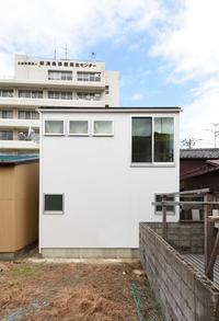 白山浦の家外観竣工写真 - 加藤淳一級建築士事務所の日記