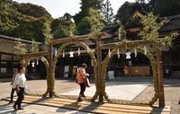 大神神社と「夏越し茅の輪」 - 奈良・桜井の歴史と社会