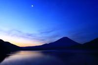 29年6月の富士(24)本栖湖の富士 - 富士への散歩道 ~撮影記~
