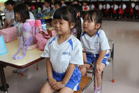 姿勢はいいかな?(ばら) - 慶応幼稚園ブログ【未来の子どもたちへ ~Dream Can Do!Reality Can Do!!~】