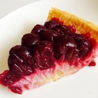 久々に感動したケーキ♪「チェリーパイ&レモンパイ」 - ハレクラニな毎日Ⅱ