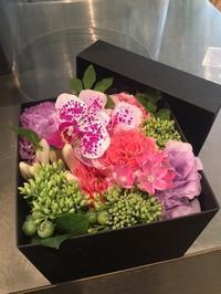 BOXアレンジメント - ~ Flower Shop D.STYLE ~ (新所沢パルコ・Let's館1F)