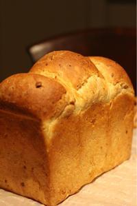 コーンの山型食パン - 横浜パン教室tocotoco〜ワンランク上のパン作り〜