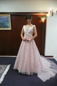 レース感たっぷり♪ロマンティックなピンク♪ - ブライダルギャラリー福茂のブログ