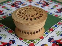エーデルワイスの透かし彫りの木箱 -  Der Liebling ~蚤の市フリークの雑貨手帖2冊目~