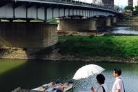 日傘の季節 - 赤煉瓦洋館の雅茶子