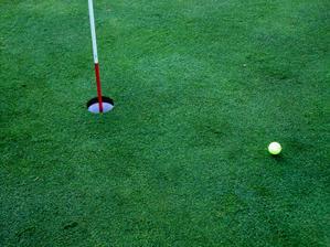 ピンに押し返されたボールのナゾ。 - 40にして芝とたわむる -Season4-
